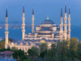 Blue Mosque  Sultanahmet  Bosphorus  Istanbul  Turkey