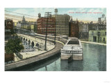 Rochester  New York - View of Canal Boats going over the Aqueduct