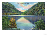 White Mountains  New Hampshire - Franconia Notch View of Profile Lake