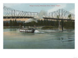 Albany  Oregon - Paddle Boat Crossing Willamette River