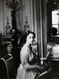 Princess Margaret by Piano  Countess of Snowdon  21 August 1930 - 9 February 2002