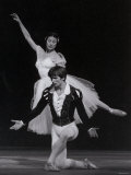 Rudolf Nureyev and Margot Fonteyn in Giselle  England