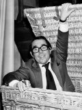 Ronnie Corbett Comedian Sitting in Hamper