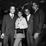 Singer Gladys Knight and the Pips Pose For a Picture at the Beachcomber Mayfair Hotel