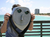 Coin-Operated Binoculars Offer a 25-Cent View of the Beach