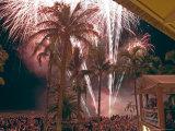 Crowds Watch Fireworks in Celebration of Australia Day  1/26/04