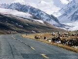 Karakoram Highway Approaching Pass and Border to Pakistan