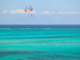 Para Sailing over Cable Beach  New Providence Island  Bahamas