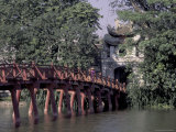 Wooden Bridge  Swan Lake  Hanoi  Vietnam