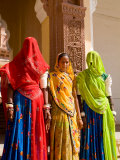 Women in Doorway of Fort Palace  Jodhpur  Fort Mehrangarh  Rajasthan  India