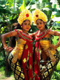 Golden Dancers in Traditional Dress  Bali  Indonesia