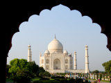 Sunrise at the Taj Mahal  Agra  India