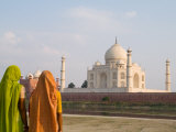 Women in Saris at Taj Mahal Temple Burial Site  Agra  India