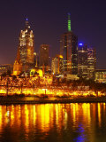 Yarra River  Flinders Street Station and CBD  Melbourne  Victoria  Australia
