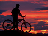Mountain Biker and Sunset  Dunstan Mountains  Central Otago