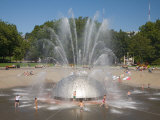 Children playing at the International Fountain of the Seattle Center  Seattle  Washington  USA