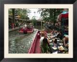 Lunch Cruise Along River Walk  San Antonio  TX