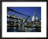 Millennium Bridge and St Paul&#39;s  London  England