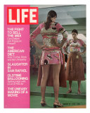 Mini Skirted Woman Shopping for Midi Skirt  August 21  1970