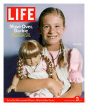8-year-old Amelia and her American Girl doll Kristen on the cover of LIFE 12-03-2004