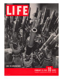 Artillery in the Brooklyn Navy Yard  Guns For Merchantmen  February 23  1942