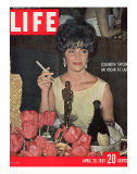 Actress Elizabeth Taylor with her Academy Award at an Oscar Party Following her Win  April 28  1961