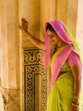 Hindu Woman at Amber Fort Temple  Rajasthan  Jaipur  India