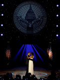 President Obama and First Lady Michelle Obama Dance  Neighborhood Inaugural Ball  January 20  2009