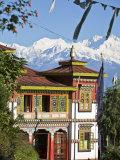Bhutia Busty Gompa and Kanchenjunga  Darjeeling  West Bengal  India