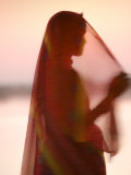 Woman in Traditional Dress  Gadsisar Lake  Jaisalmer  Rajasthan  India