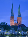 Lubeck Dom Cathedral and Malerwinkel Painter's Quarter  Lubeck  Schleswig-Holstein  Germany