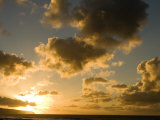 Sunset over Pacific Ocean in Hawaii  North Shore  Oahu Island  Hawaiian Islands