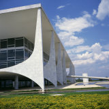 Exterior of the Modern Palacio Do Planalto in Brasilia  UNESCO World Heritage Site  Brazil