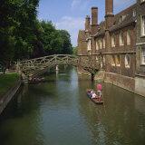 Queens College and Mathematical Bridge  Cambridge  Cambridgeshire  England  United Kingdom  Europe
