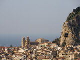 Distant View of Cathedral  Piazza Duomo  Cefalu  Sicily  Italy  Europe