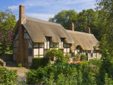 Anne Hathaway's Thatched Cottage  Shottery  Near Stratford-Upon-Avon  Warwickshire  England  UK