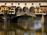 Arno River and Ponte Vecchio  Florence  UNESCO World Heritage Site  Tuscany  Italy  Europe