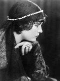 Pola Negri  1927