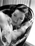 Rosalind Russell in a Hurrell Portrait from 1935