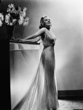 Saratoga  Jean Harlow  in a Gown by Dolly Tree  1937