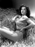 Outlaw  Jane Russell  1943