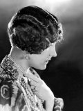 Model Wearing Her Hair in the Glorias Bob  Orginated by Gloria Swanson  1923
