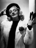 Marlene Dietrich  Early 1940s