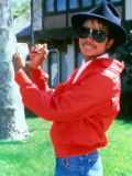 Michael Jackson Signing His Autograph at His Home  April 1984