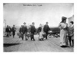 European Immigrants Arriving at Ellis Island  1907