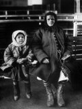 Immigrant Mother and Daughter  Ellis Island  1902