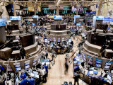 An high angle view of the New York Stock Exchange&#39;s trading floor