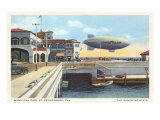 Blimp over Pier  St Petersburg  Florida
