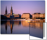 City Skyline and Binnenalster Lake  Hamburg  Schleswig-Holstein  Germany