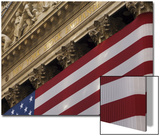 New York Stock Exchange and American Flag  Wall Street  Financial District  New York  USA
